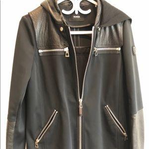 Rudsak medium raincoat with removable hoodie
